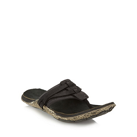 Cushe - Black leather toe post strap sandals