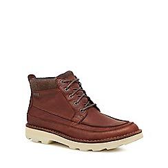 Clarks - Dark tan leather 'Korik Rise' lace up boots