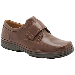 Clarks - Big and tall swift turn walnut leather riptape shoe