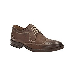 Clarks - Delsin Wing Brown Tumbled Brogue