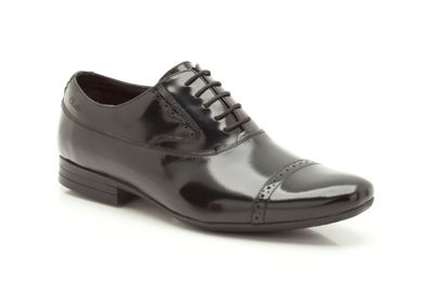 Clarks Grant Cap Black HiShine Leather Brogue - . -