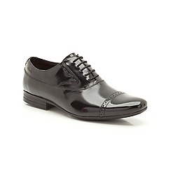 Clarks - Grant Cap Black HiShine Leather Brogue