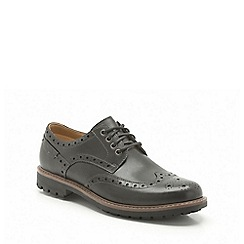 Clarks - Montacute wing black leather brogue
