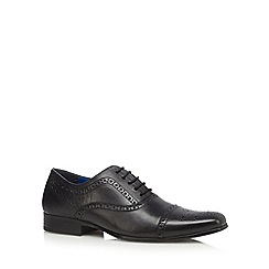 Red Tape - Black leather seamed toe cap brogues
