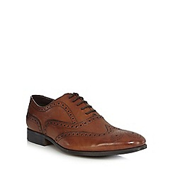 Clarks - Tan leather 'Banfield Limit' brogues