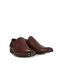 Clarks - Brown leather 'Banfield' slip on brogues