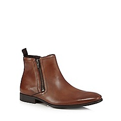 Clarks - Tan 'Banfield' zip up Chelsea boots