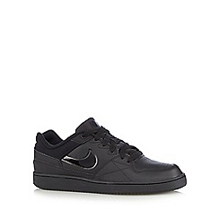Nike - Black 'Priority Low Q3' trainers