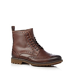Clarks - Brown 'Montacute Lord' brogue boots