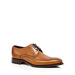 Loake - Big and tall tan leather almond toe brogues