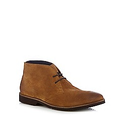 Lotus - Tan suede chukka boots