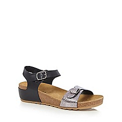 Hush Puppies - Black 'Tease' leather sandals