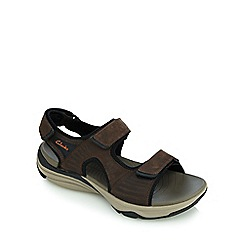 Clarks - Brown wave leap walking sandals