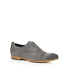 Clarks - Big and tall grey 'chinley cap' lace up shoes