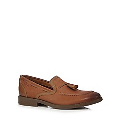 Clarks - Big and tall tan 'garren' loafers