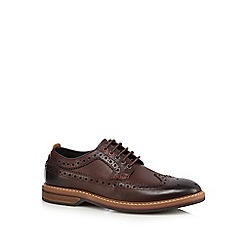 Clarks - Brown leather 'Pitney' brogues