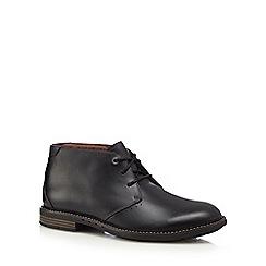 Clarks - Black leather 'Unelott' Chukka boots