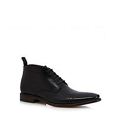 Loake - Black leather Chukka boots