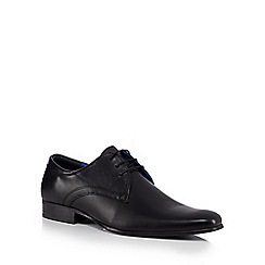 Red Tape - Black leather lace up Derby shoes