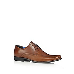 Red Tape - Tan 'Munster' lace up shoes