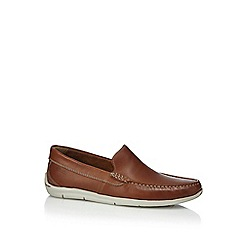 Clarks - Tan leather 'Karlock' slip-on shoes
