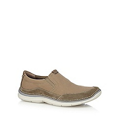 Clarks - Beige suede 'Ripton Free' slip-on shoes