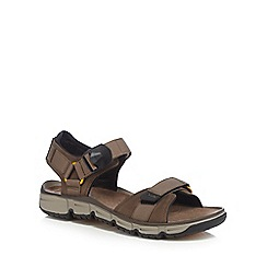 Clarks - Brown leather 'Explore Part' sandals