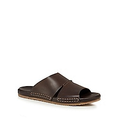 Hush Puppies - Brown leather 'Eager Switch' sandals
