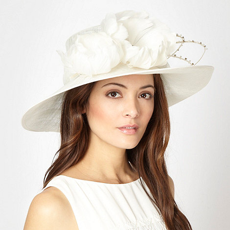 Hatbox - Ivory feather quill hat