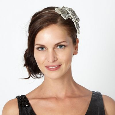 Six 1920s Headbands You Can Wear Today
