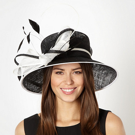 Hatbox - Black bow quill hat