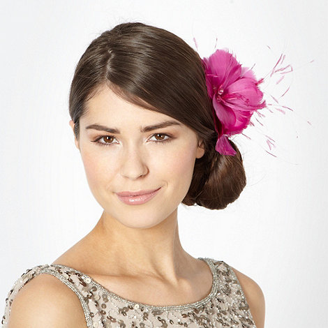 Star by Julien Macdonald - Designer pink triple feather corsage clip