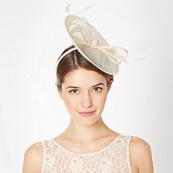 Debut - Ivory small saucer bow fascinator