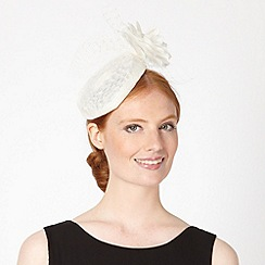 Debut - Cream feather mesh hair piece