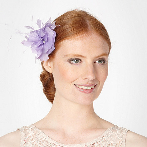 Debut - Lilac pointed feather corsage clip