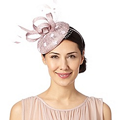 Debut - Pale pink daisy button fascinator