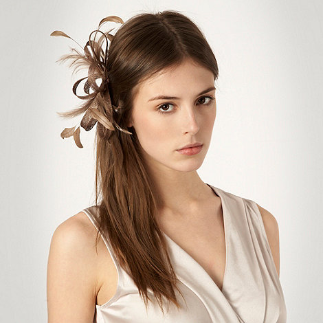 Debut - Light brown loop & feather hair clip fascinator