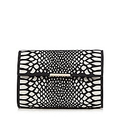 Star by Julien Macdonald - White cut-out snakeskin-effect clutch bag