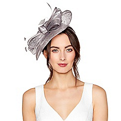 Debut - Silver metallic wave fascinator