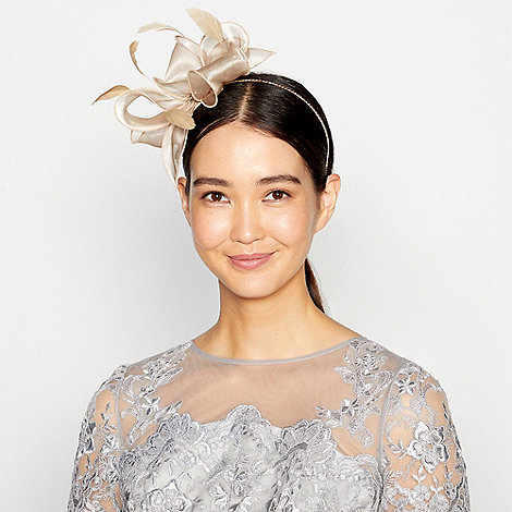 Debut - Gold metallic bow fascinator