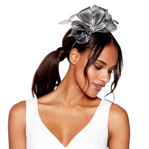 Debut Dark grey metallic bow fascinator