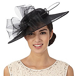 Hatbox - Black flower saucer fascinator