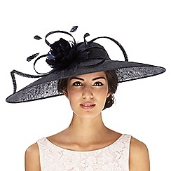 Hatbox - Black spot saucer fascinator