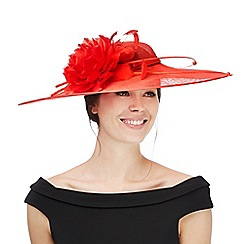 Hatbox - Red quill saucer fascinator