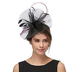 Star by Julien Macdonald - Black quill fascinator