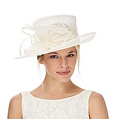 Debut - Ivory swirl fascinator