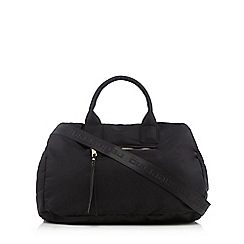 Red Herring - Black quilted holdall
