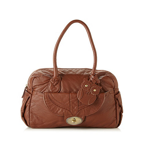 Mantaray - Brown owl charm shoulder bag