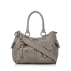 Mantaray - Grey multi pocket bowler bag