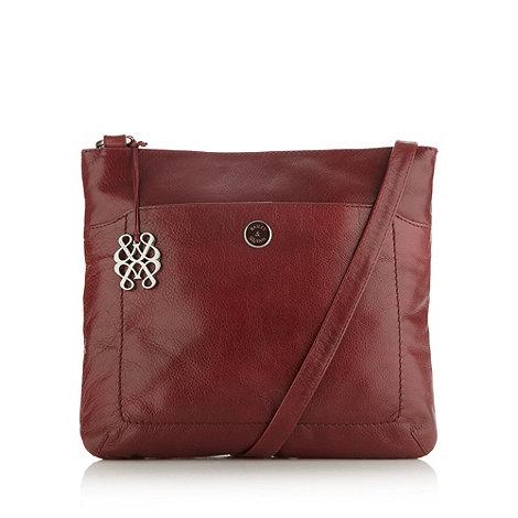 Bailey & Quinn - Plum leather +cumbria+ cross body bag